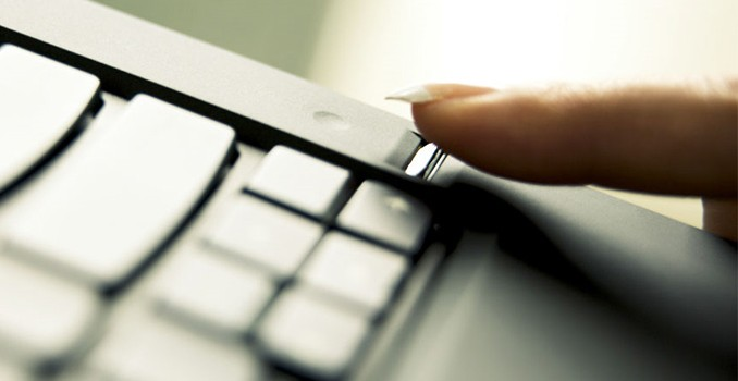 Synaptics to Add Inexpensive Fingerprint Reader to Any PC